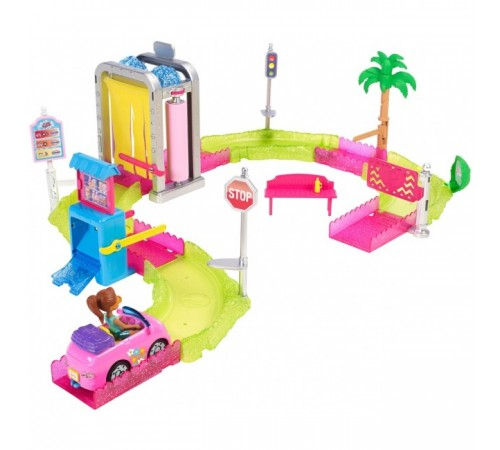 "jocuri barbie in motion set ""car wash"" fhv91"