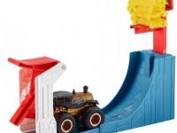 """hot wheels gcg00 Набор """"Соревнования по прыжкам в высоту"""" серии """"monster trucks"""""""